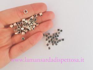 20 perle cubo in metallo