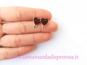 1 coppia di basi per orecchini cuore marrone 12x10mm.