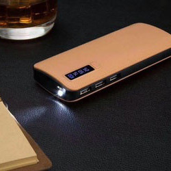 Baterie externa Smart Power Bank 10000 mAh, 3 x USB design piele