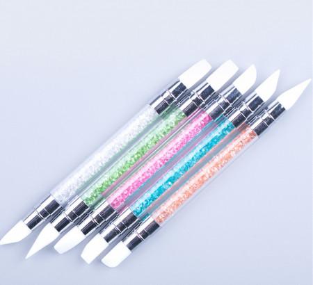 Set 5 instrumente silicon multicolore cu maner din plastic pentru decor unghii