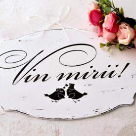 """Placuta ovala pentru nunta """"Vin mirii"""", cu pasari indragostite"""