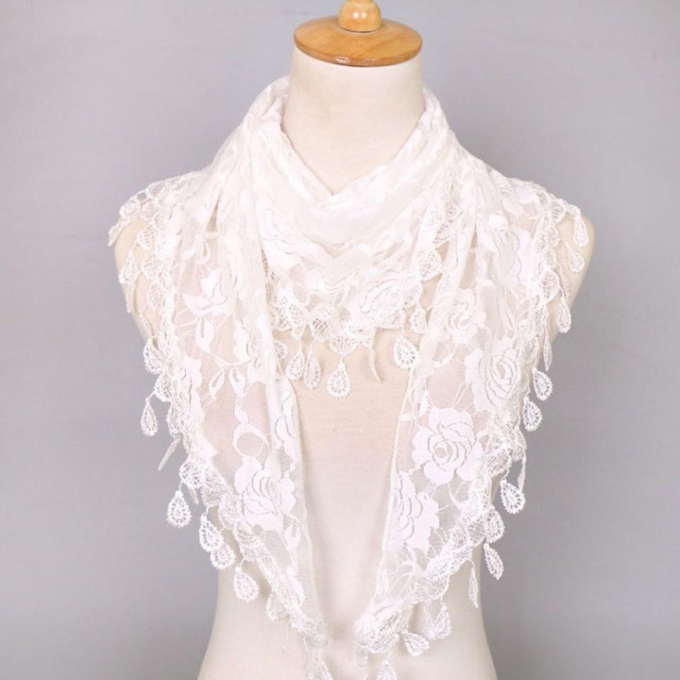 Esarfa eleganta din dantela cu broderie trandafiri - white