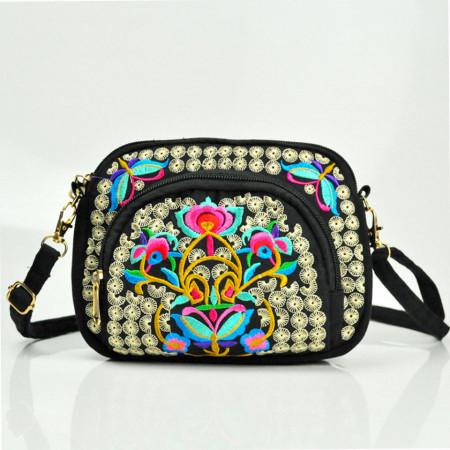 Poseta / geanta de dama, chic, neagra cu broderie florala, model 2