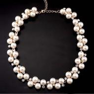 Colier fashion cu cristale si perle
