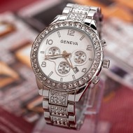 Ceas Geneva Multi-crystals, afisaj data - argintiu + cutie eleganta cadou