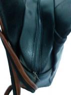 Rucsac dama Go Freely, model negru cu maro, cu breloc iepuras, RC001
