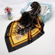 Esarfa eleganta din matase satinata, cu design floral, model 4