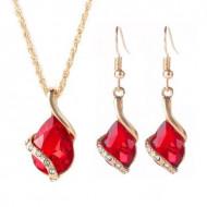 Set elegant (colier si cercei), cu piatra fatetata si cristale, model 1