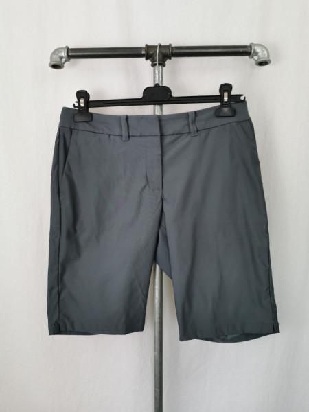 Pantalon scurt Nike dama 38.