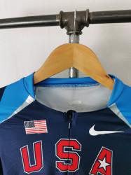 Bustiera Nike S.