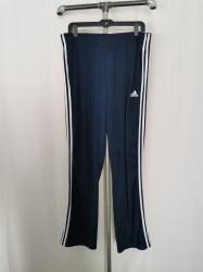 Pantalon Adidas XL.