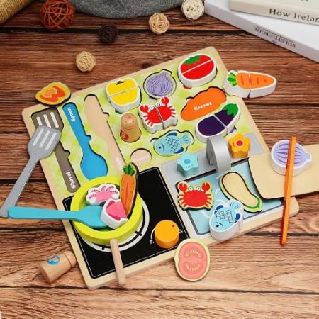 Set joaca din lemn, Joc de rol In Bucatarie. Puzzle incastru, Feliat legume.