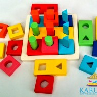 Jucarie educativa Sortator Puzzle din lemn cu forme geometrice. Jucarii si Jocuri Montessori din lemn