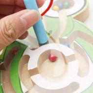 Jucarie Mini Labirint Magnetic cu Animalute. Jucarie de indemanare.